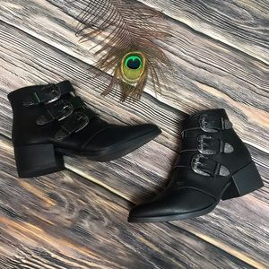 Qupid Three Buckle Pointed Toe Ankle Bootie